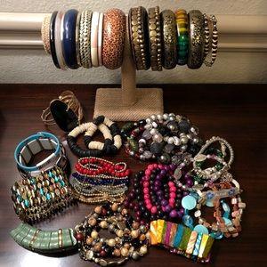 Jewelry - LARGE Wood Bangles Stretchable Bead Bracelets